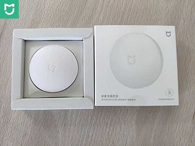 Xiaomi Smart Wireless Switch внешний вид датчика Mija и упаковка